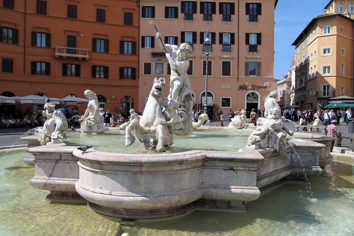 Private Bernini and Borromini History Tour in Rome