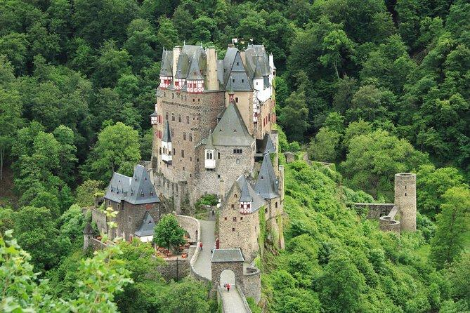Eltz Castle Small-Group Tour from Frankfurt with Dinner