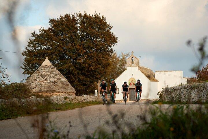 Private Bike Tour in the Itria Valley with Tasting