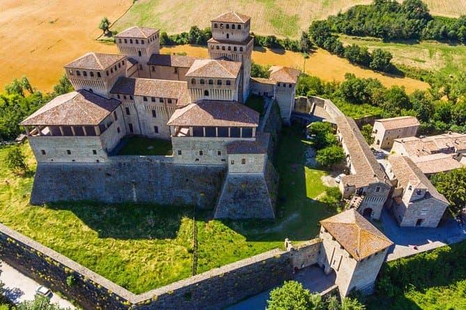 Parmigiano Reggiano, Parma Ham and Torrechiara Castle tour from Parma