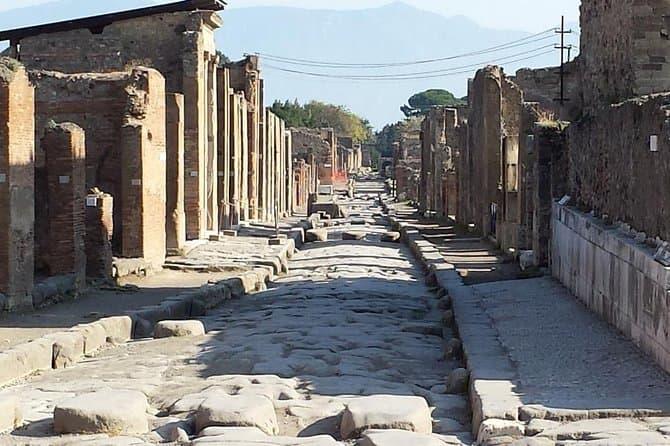 Pompeii and Herculaneum with wine tasting