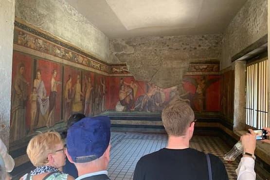 Pompeii Ruins Group Tour