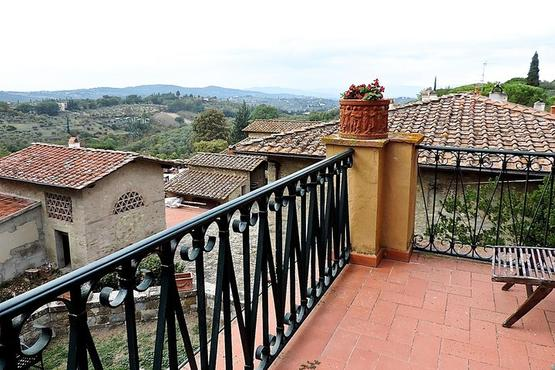 Private Authentic Culinary Experience in a Tuscan Countryside Villa