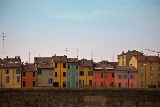 Parma city Live Experience – Are you ready for a stroll along Parma's streets?