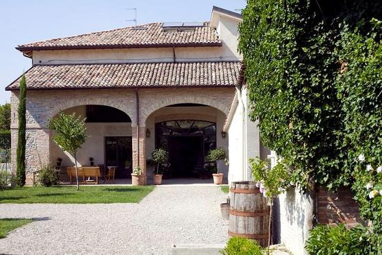Parma cooking class Live Experience – Let's cook together in an Italian villa!