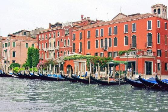 Private 12-hours Tour to Venice from Milan with Hotel Pick-Up and drop off