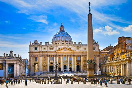 Private 2.5 Hour Tour of St. Peter's Basilica with Popes' Tombs & Dome Access