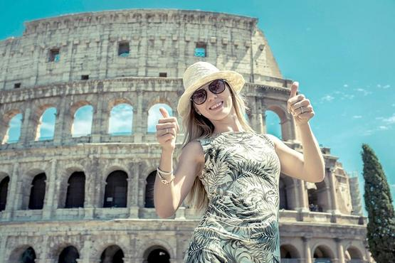 Private Best of Rome Tour: Colosseum, Forum & Highlights with an expert guide