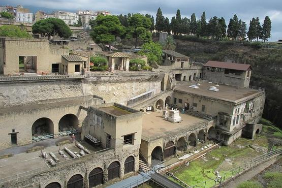 Pompeii and Herculaneum SELECT small group- from Sorrento