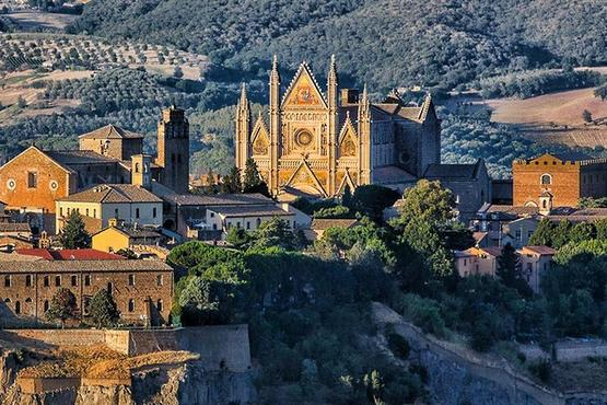 Orvieto and Montepulciano Wine Tasting Private Day Tour from Rome