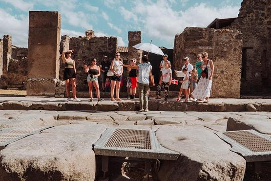 Pompeii and Mount Vesuvius Small Group Tour