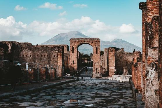 Pompeii and Vesuvius Experience from Naples - Skip the line -