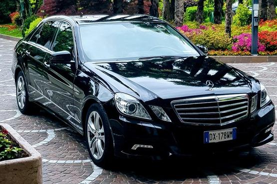 Private Arrival Car Transfer: Florence Airport (FLR) to Hotel