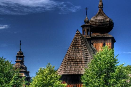 Small-Group Full-Day Wooden Architecture Tour from Krakow