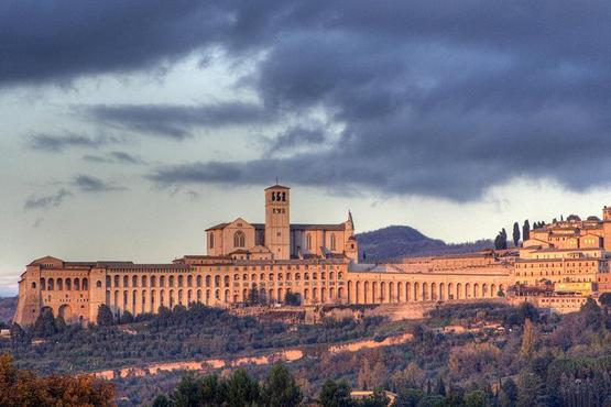 Private 10-Hour Tour of Orvieto & Assisi from Rome with Hotel Pick up